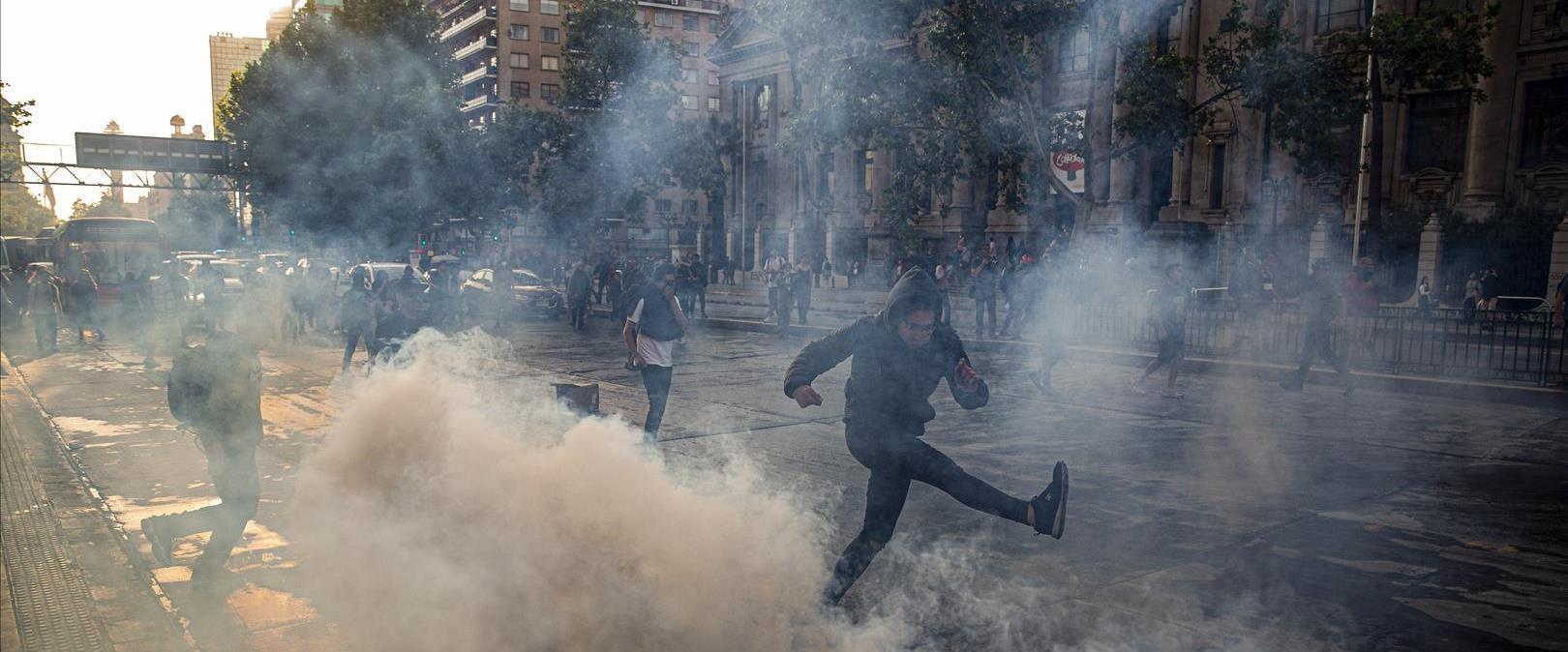 מפגינים בסנטיאגו, אתמול