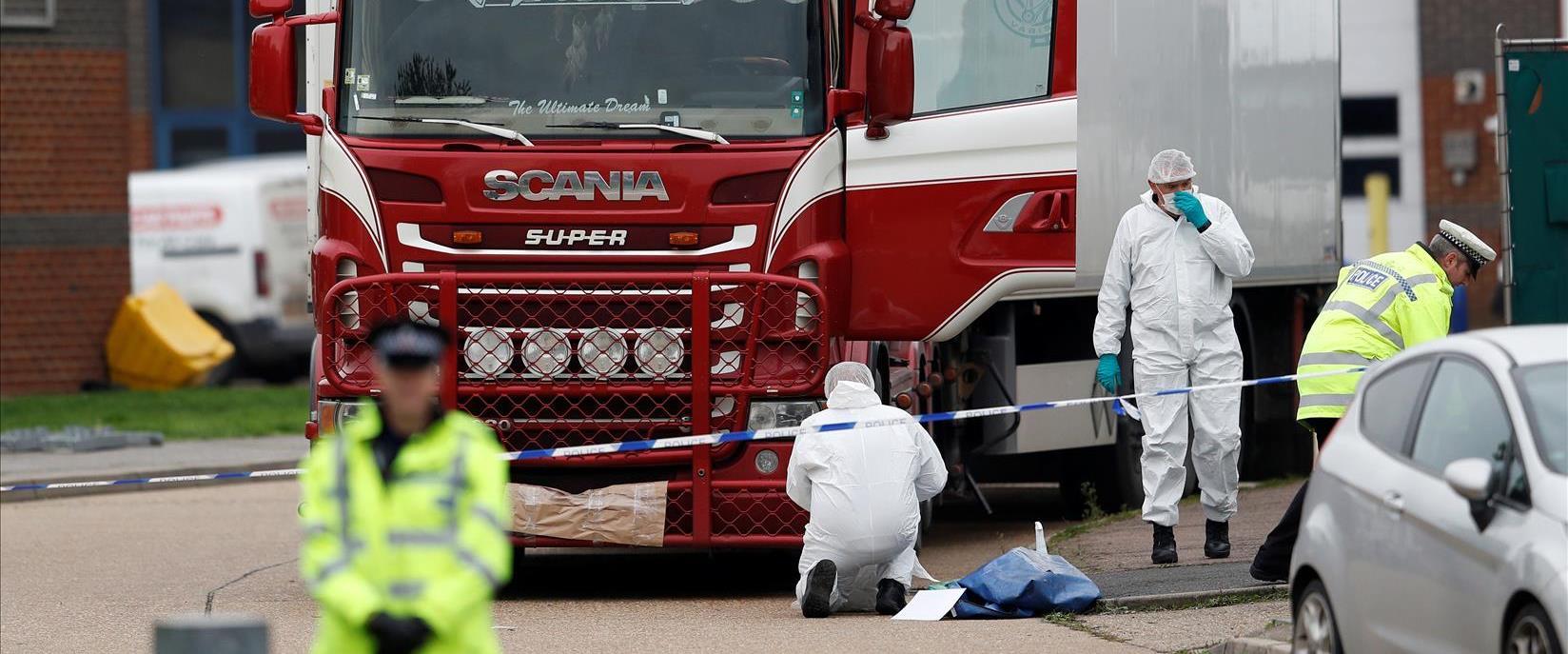 המשאית שבה נמצאו גופות המהגרים באסקס, בריטניה