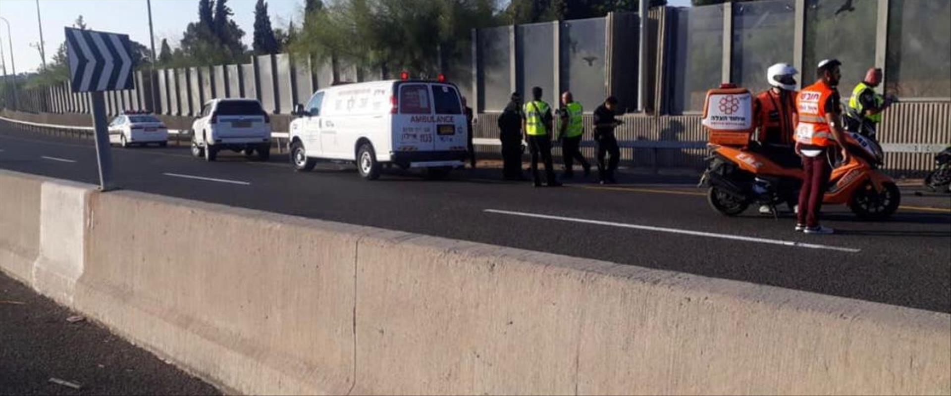 זירת התאונה בכביש 443 שבה נהרג ריאד אבו שוקרי