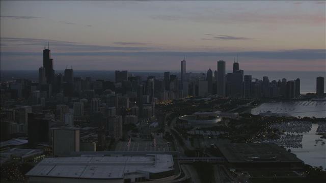 אמריקה מהאוויר   פרק  6 - שיקגו