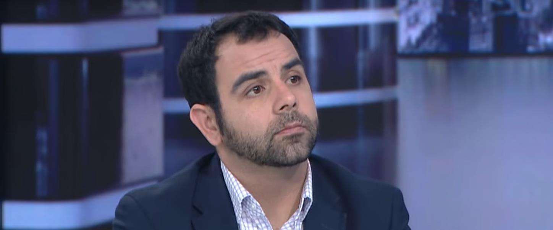 עומר שאקר