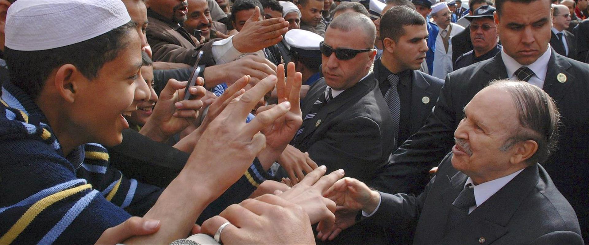 נשיא אלג'יריה היוצא, בותפליקה