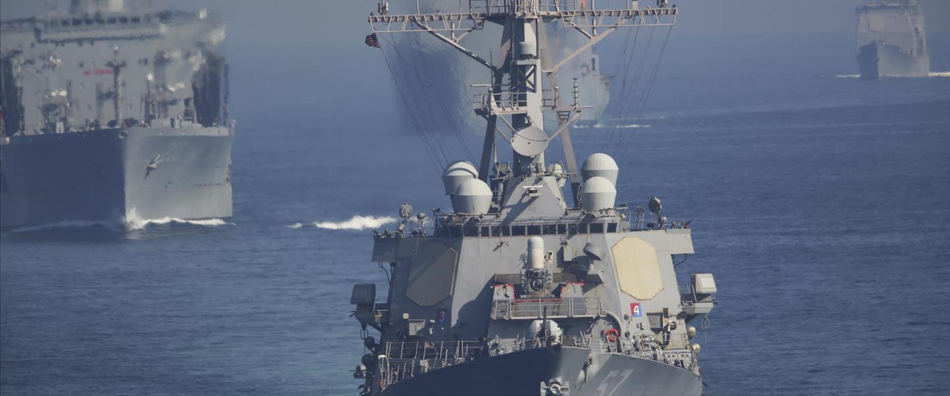 ספינות אמריקניות במפרץ הפרסי