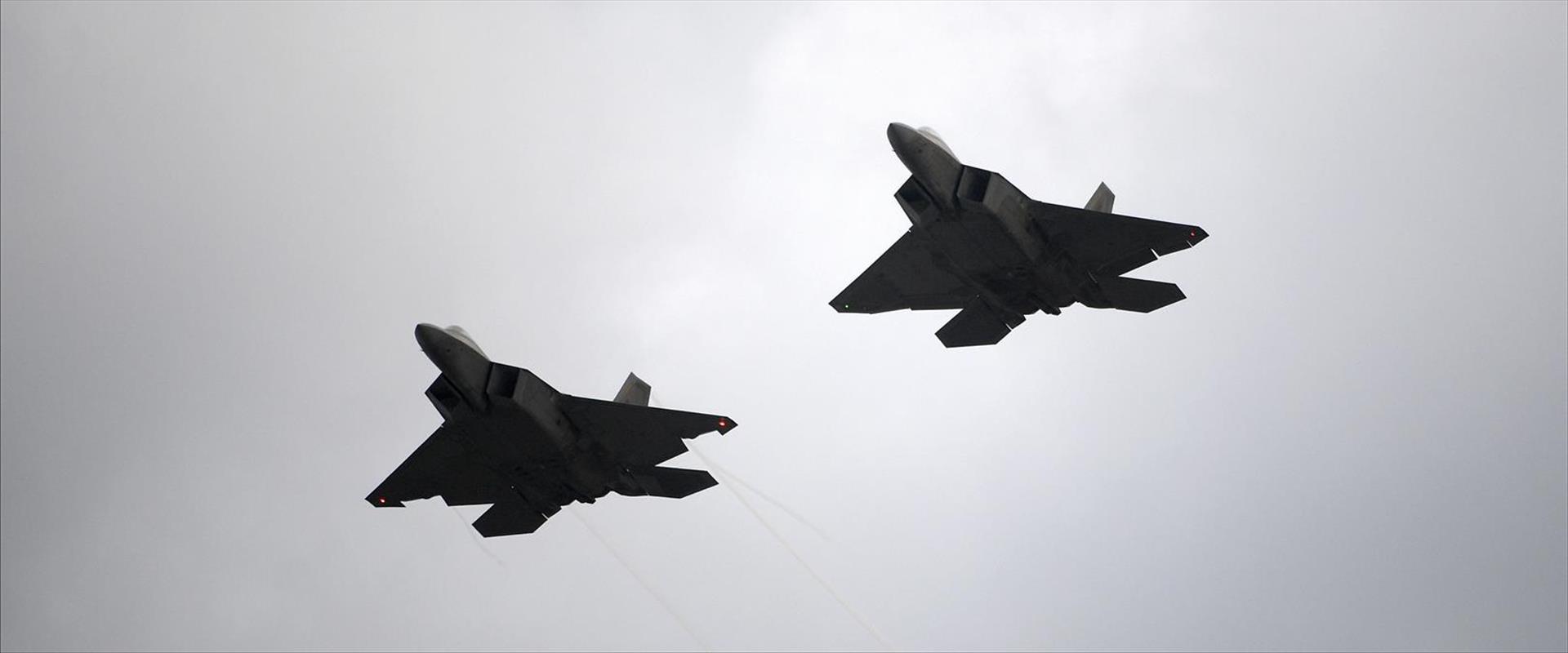 """מטוסי קרב של צבא ארה""""ב"""