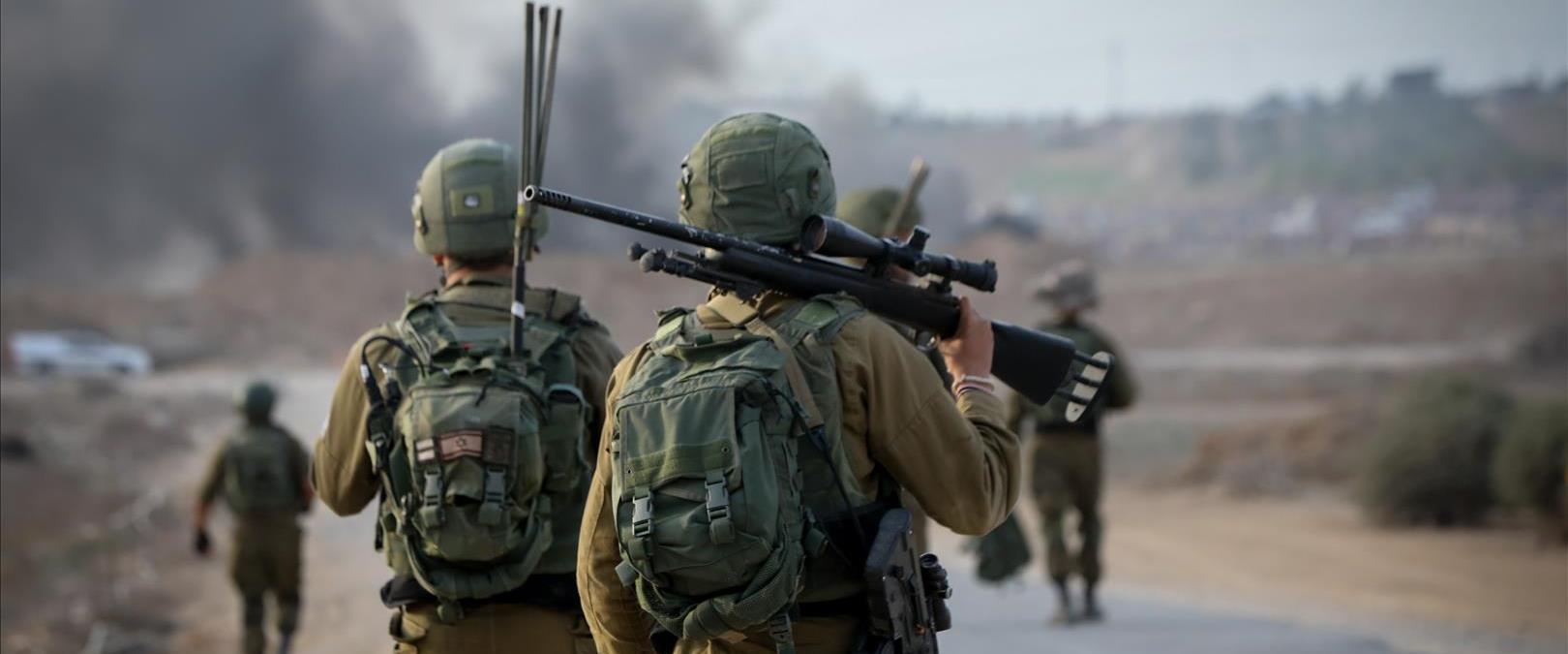 חיילים, אילוסטרציה