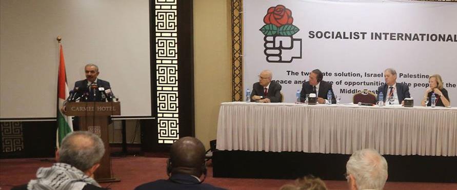 ראש הממשלה הפלסטיני, מוחמד שתאייה, בכנס האינטרנציו