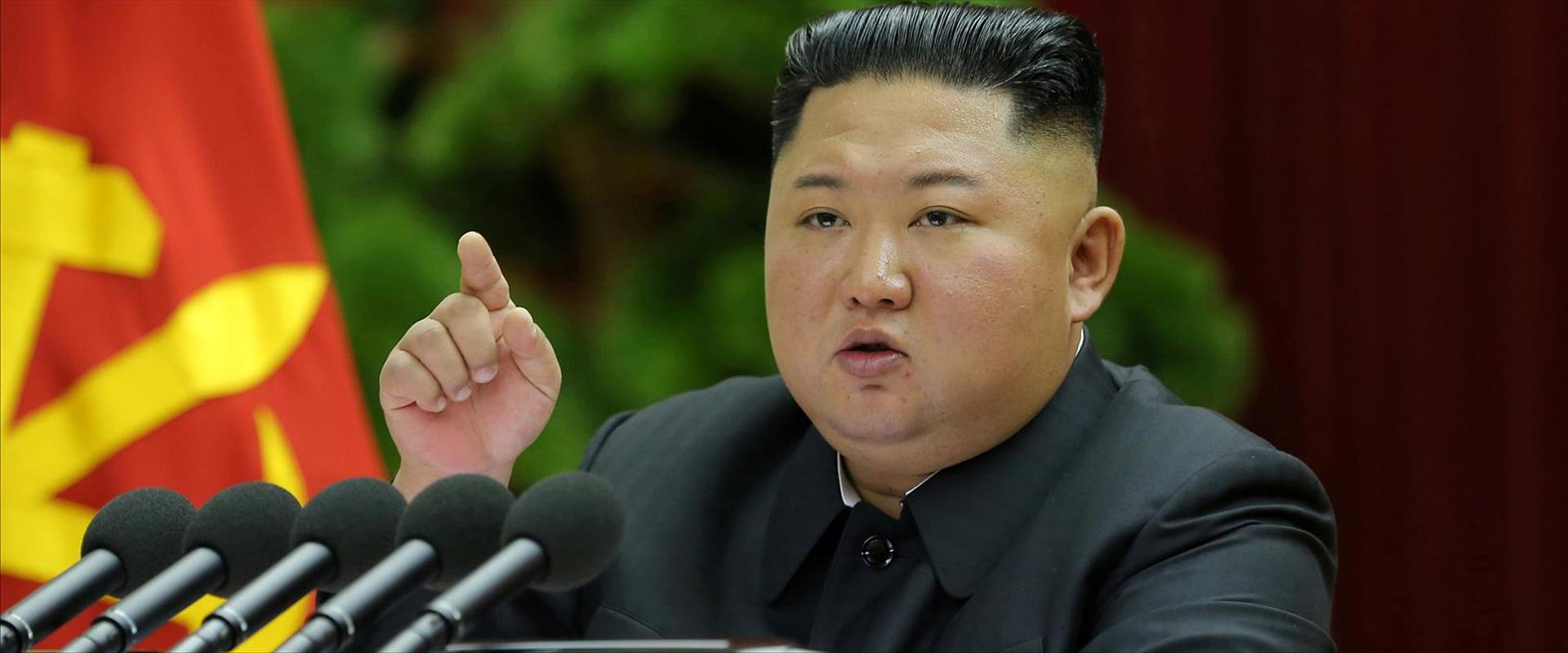 קים ג'ונג און מנהיג קוריאה הצפונית