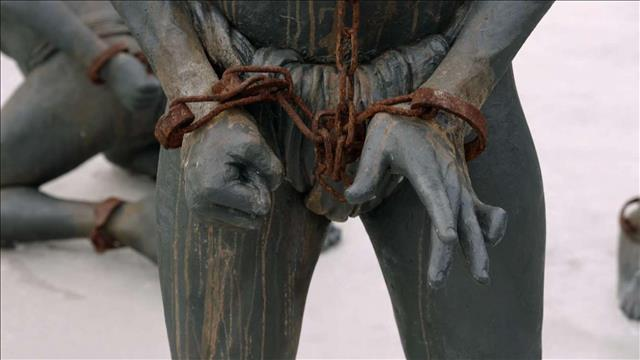 מדוע אנו שונאים?   פרק 5 - פשע נגד האנושות