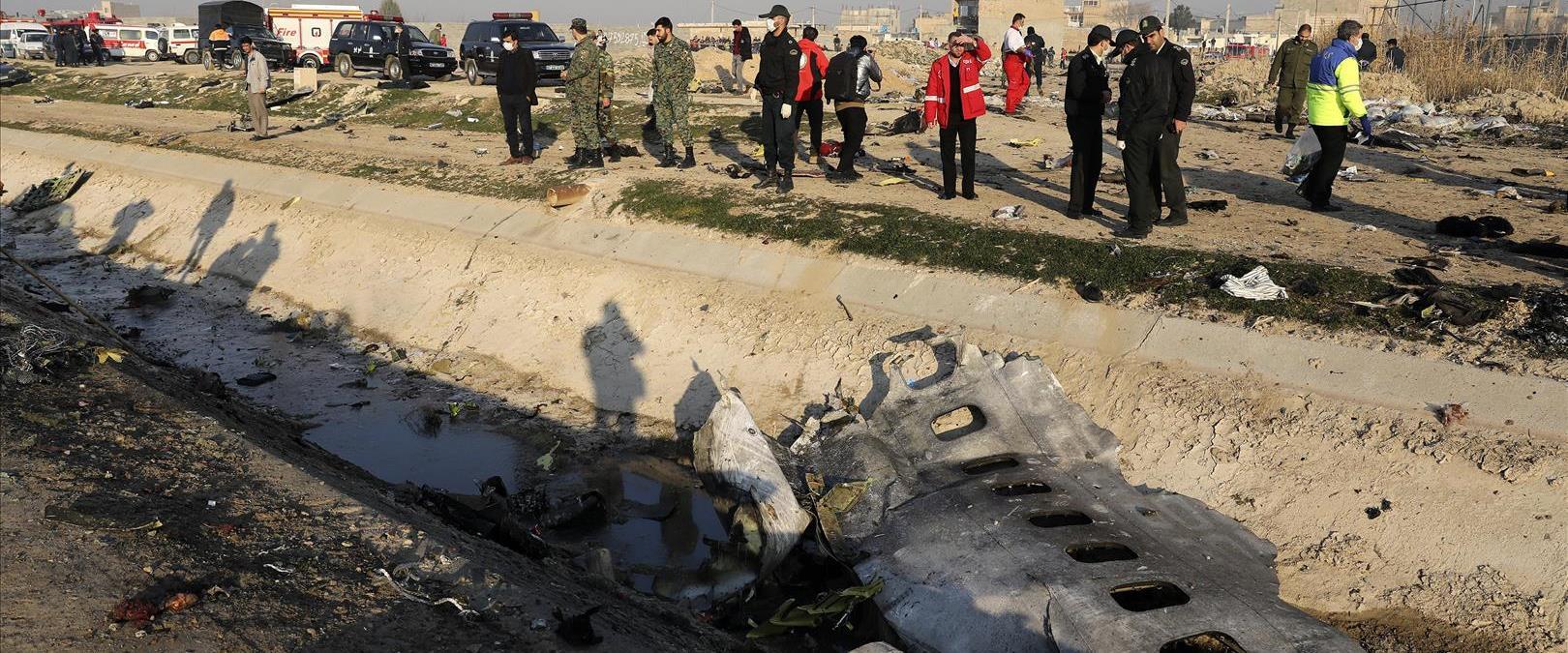 שרידי המטוס האוקראיני שהתרסק בטהראן