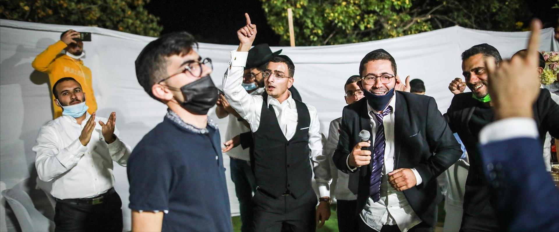החתונה בגבעת זאב, אתמול