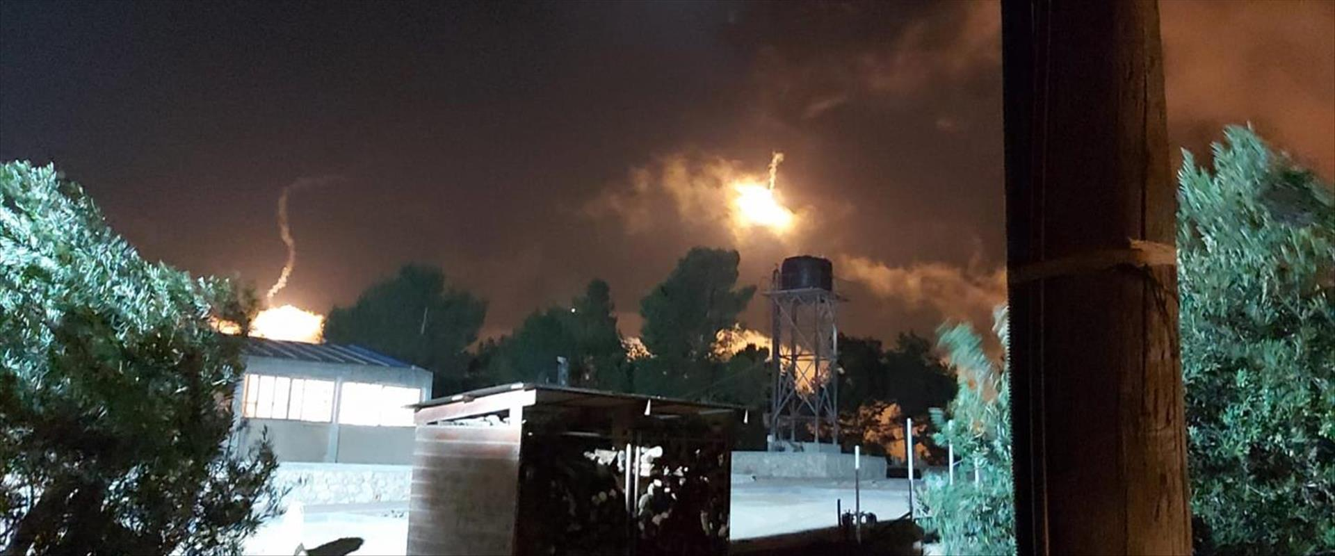 ירי פצצות תאורה סמוך למנרה בצפון