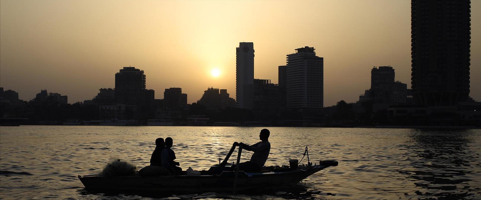 הנילוס, ארכיון