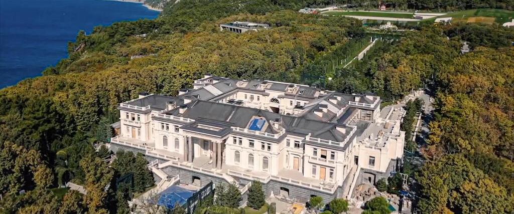 הארמון של פוטין מהסרט של נבלני