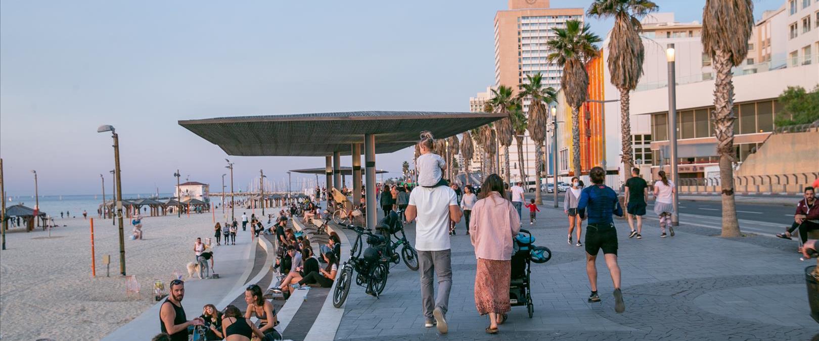 הטיילת בתל אביב היום