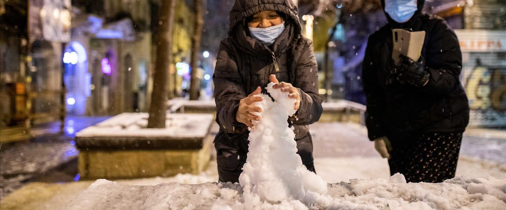 שלג ברחוב יפו בירושלים, הערב