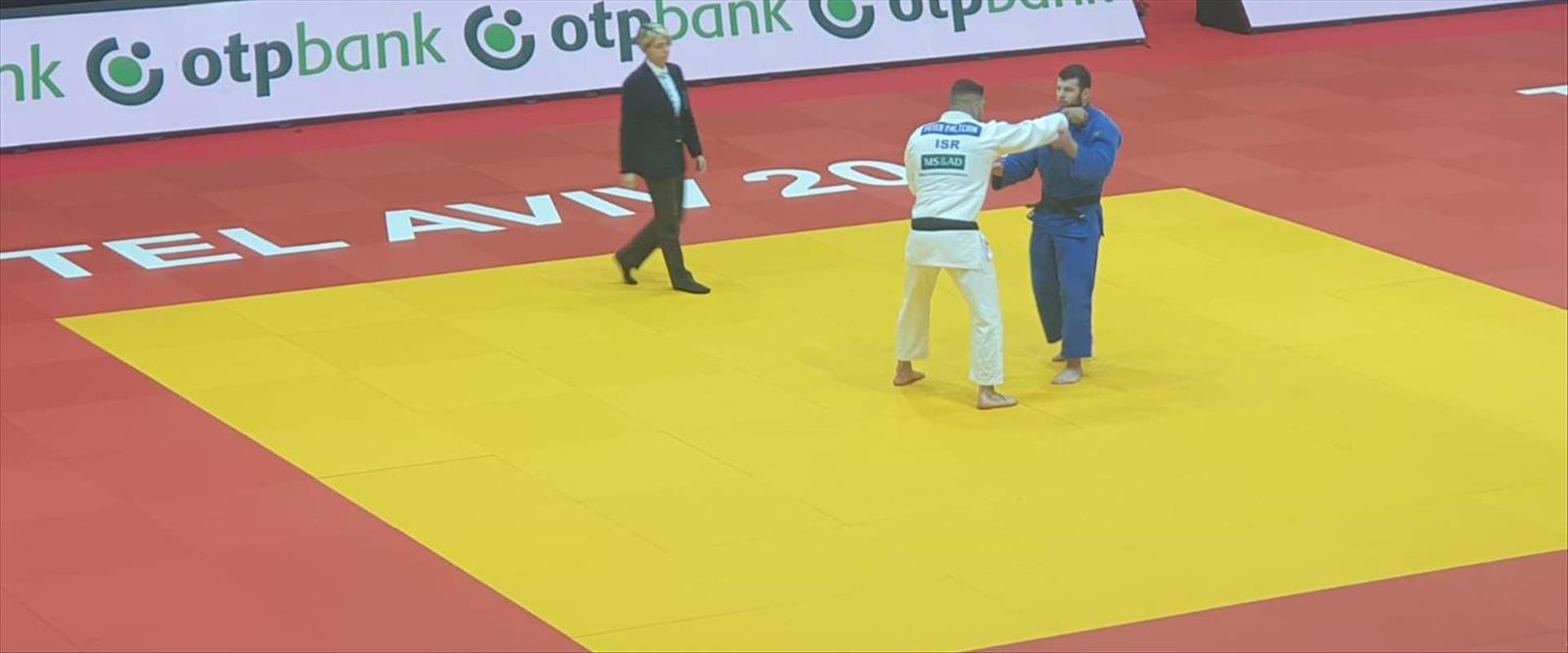 פיטר פלצ'יק בקרב חצי הגמר בגראנד סלאם תל אביב