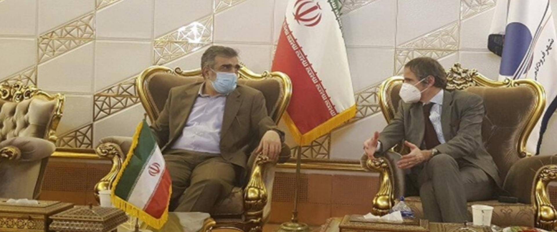غاروسي مع الصالحي في طهران