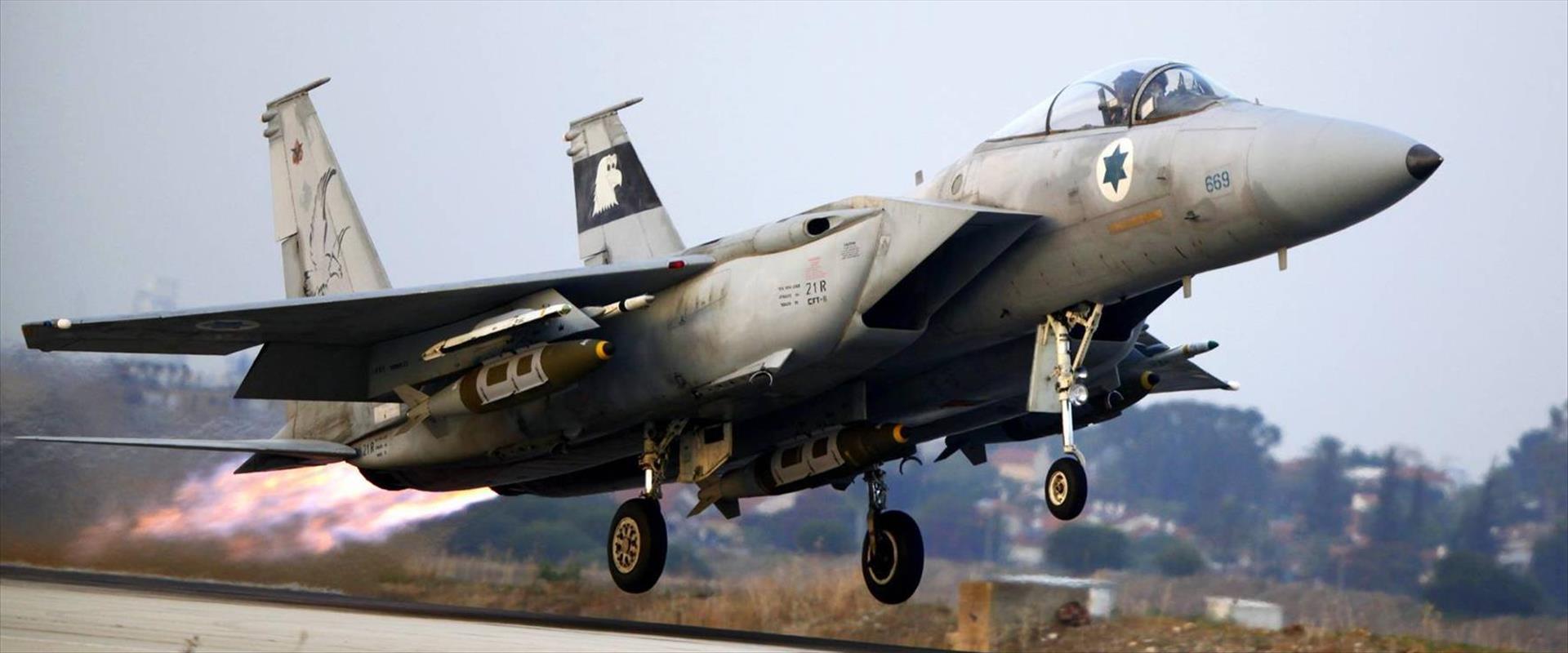 """מטוס קרב של צה""""ל"""