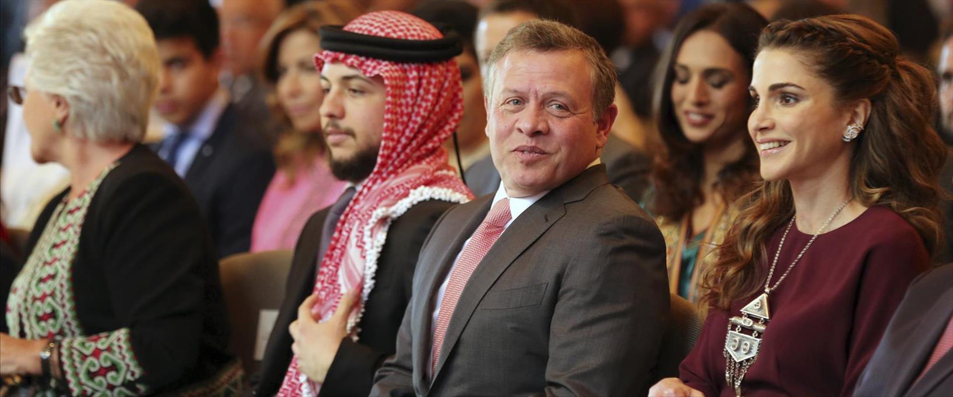 הנסיך הירדני חוסיין יחד עם אביו המלך עבדאללה