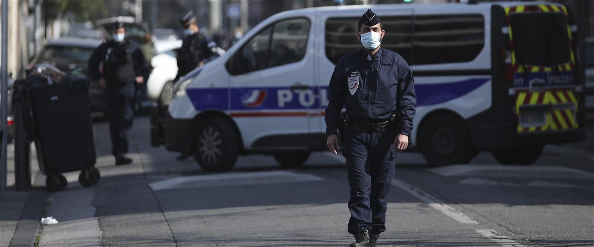 מגבלות בצרפת