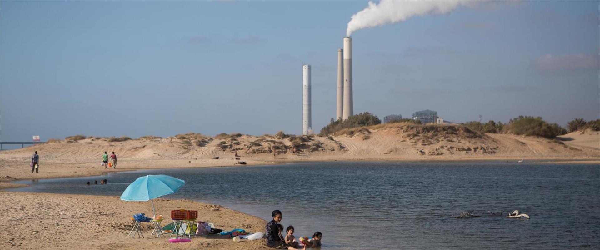 תחנת כוח סמוך לחוף זיקים