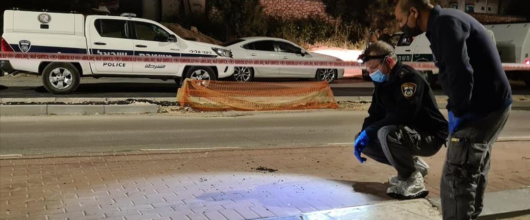 כוחות משטרה בזירת אירוע הירי ברהט, הלילה