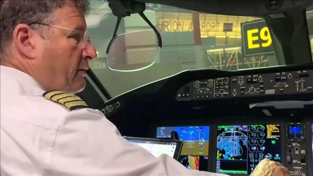 """""""קורס חזרה לכשירות"""": חברות התעופה בהכנות לפתיחת הש"""