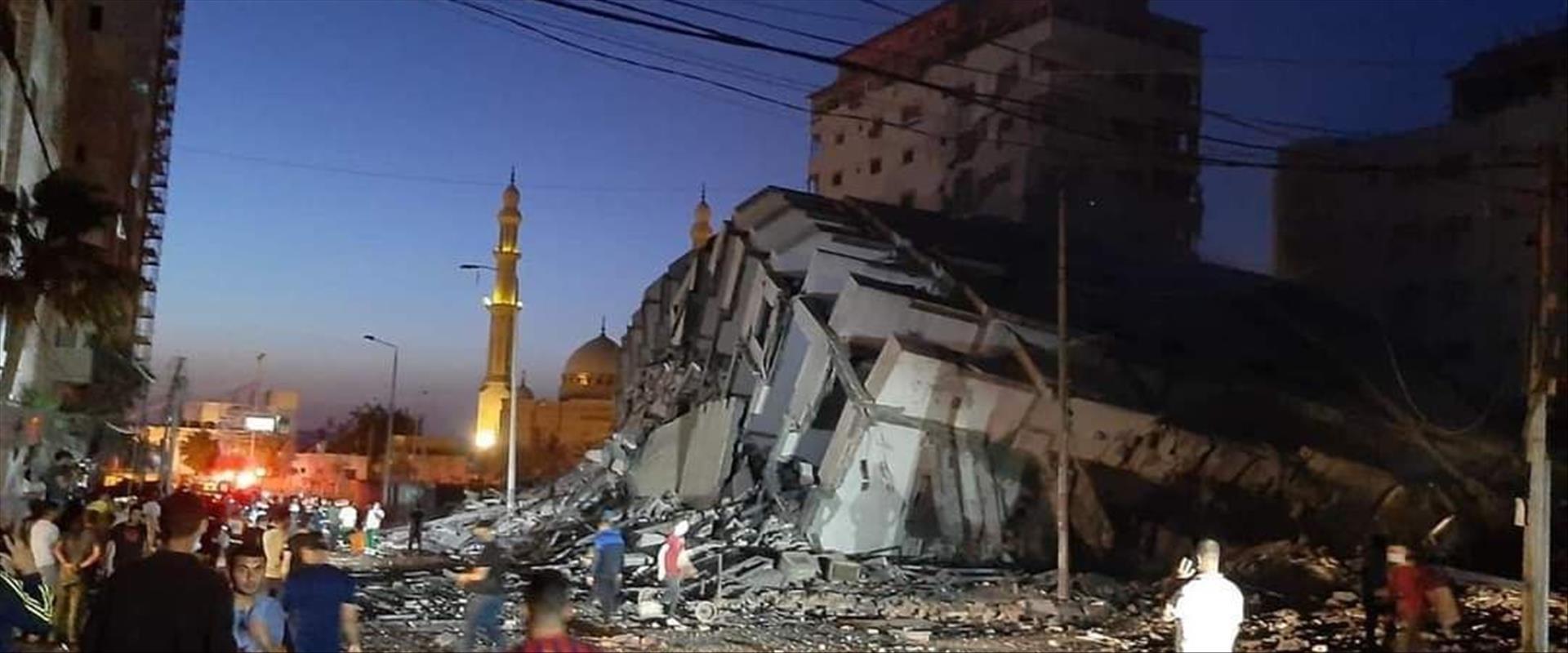 """בניין שקרס בעזה מתקיפת צה""""ל"""