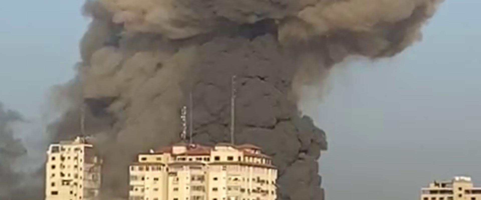 פגיעה בבניינים בעזה