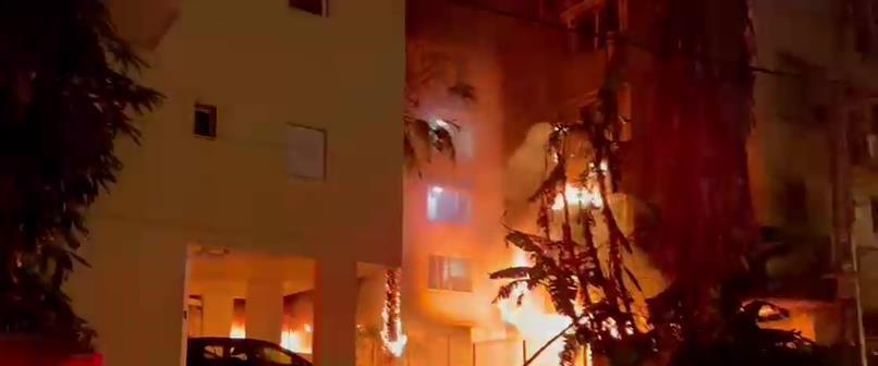 اصابة مبنى في بيتاح تكفا