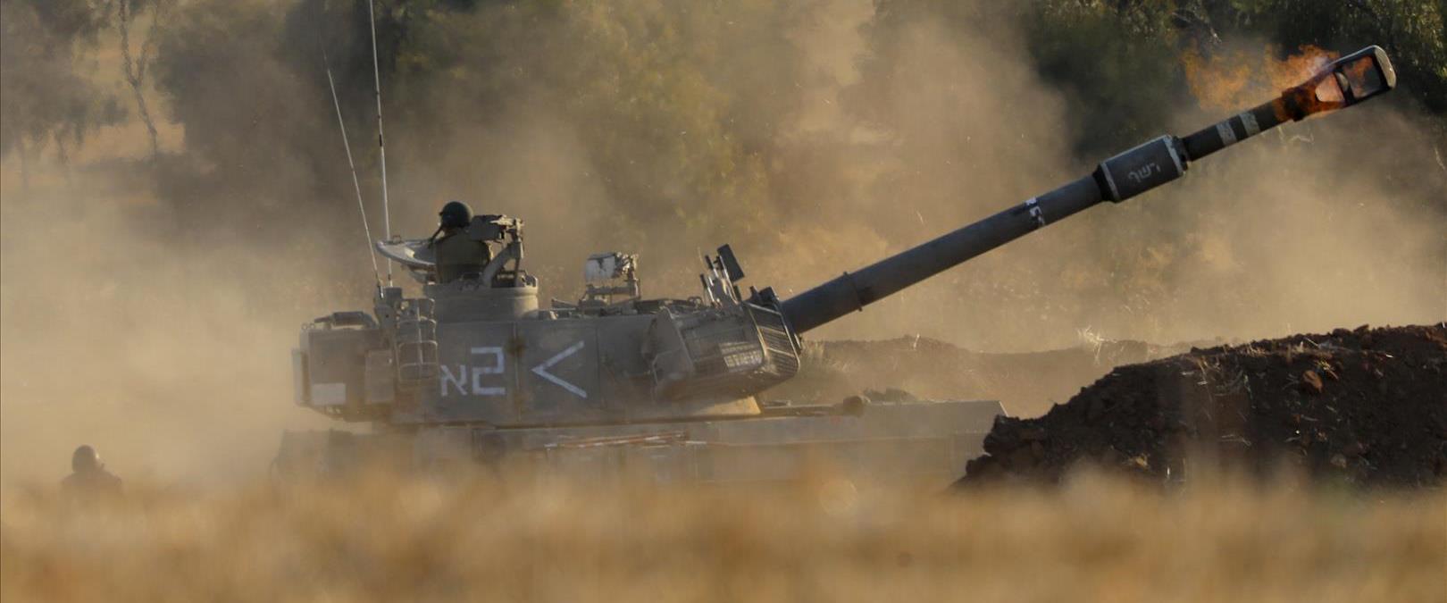 مدفع يطلق النار باتجاه قطاع غزة