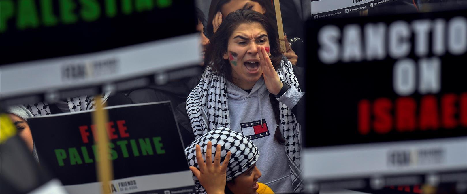 הפגנה נגד ישראל בלונדון בזמן מבצע שומר החומות