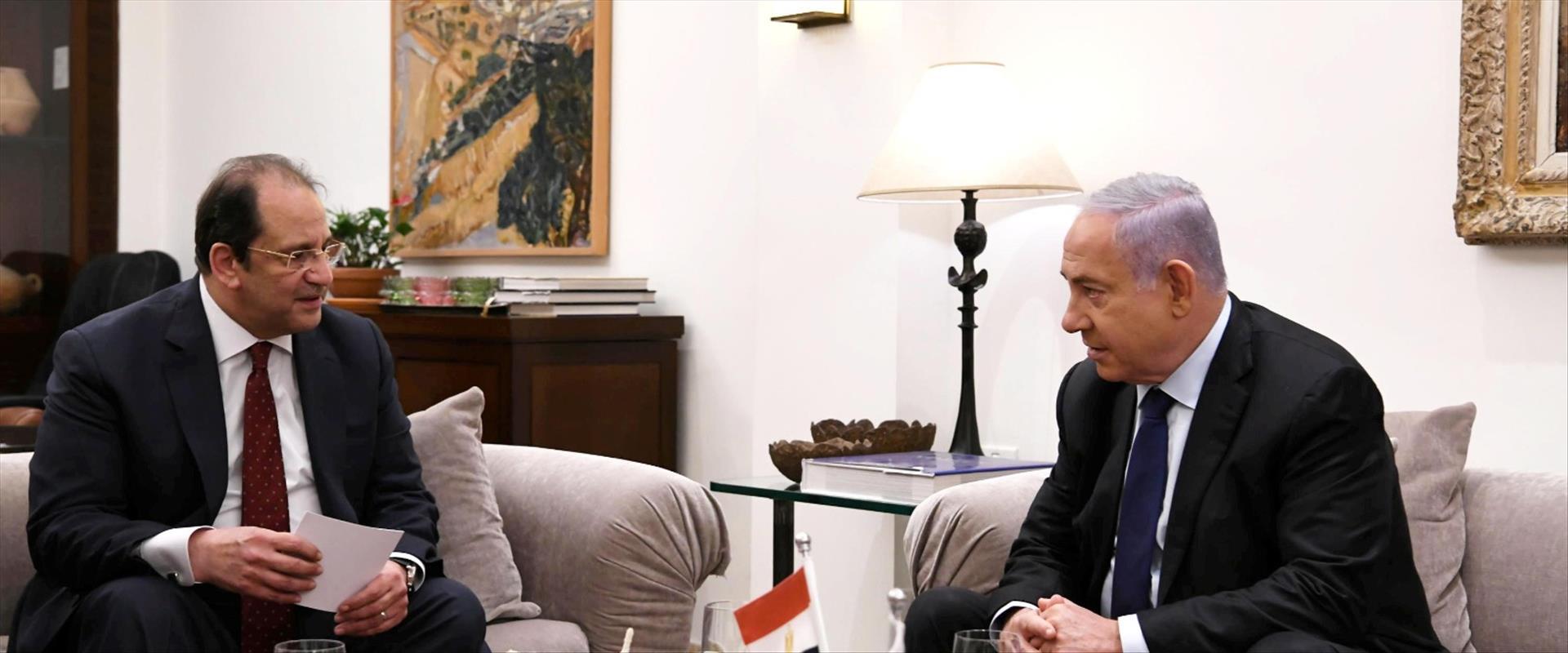 נתניהו בפגישה עם עבאס כמאל, השבוע