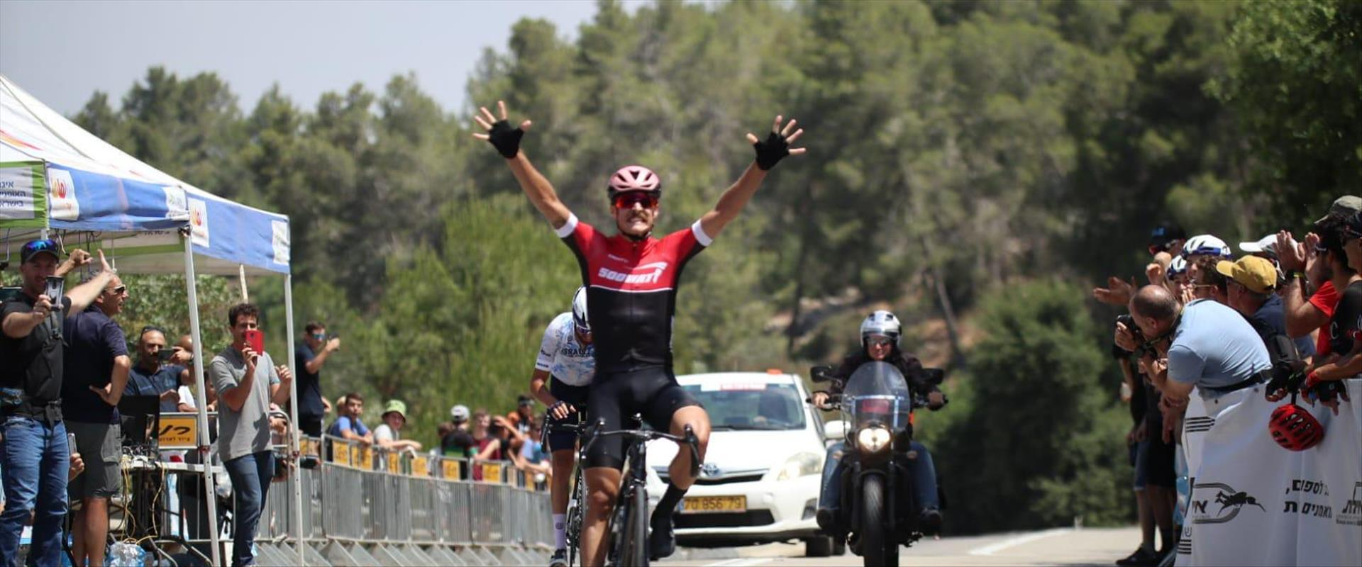 ולאד לוגינוב, אלוף ישראל ברכיבהה על אופניים