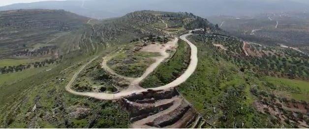 ההרס במדרון הצפוני של האתר