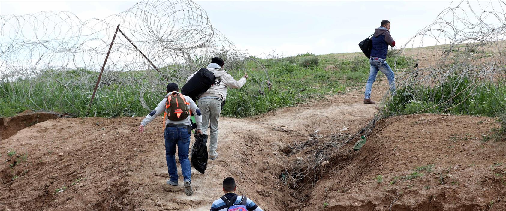 פלסטינים חוצים לתוך ישראל