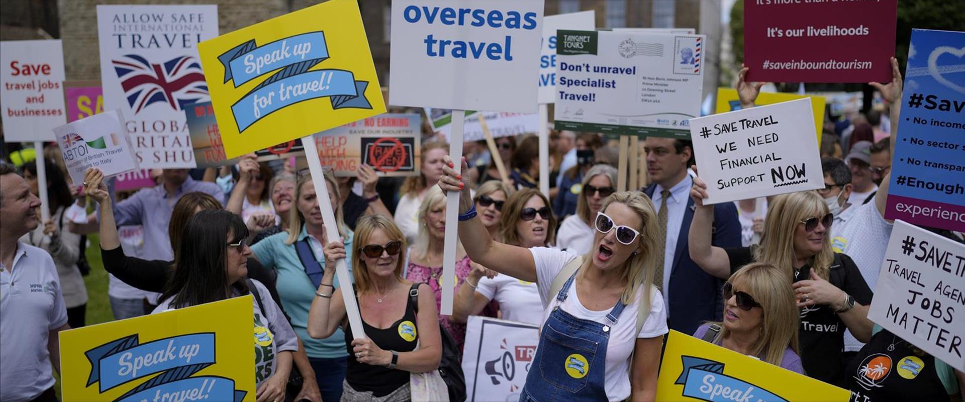 עובדי תעשיית התעופה והנסיעות מפגינים בבריטניה, 23.