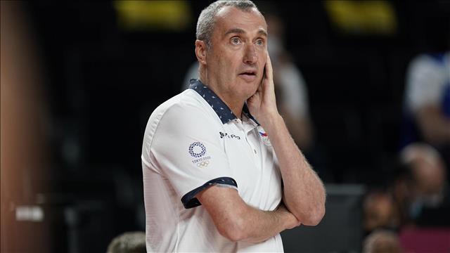 רונן (ננו) גינזבורג, מאמן נבחרת צ'כיה בכדורסל. צילום: אי-פי