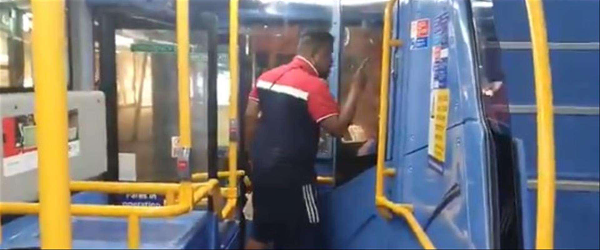 תקיפת צעיר יהודי באוטובוס בלונדון