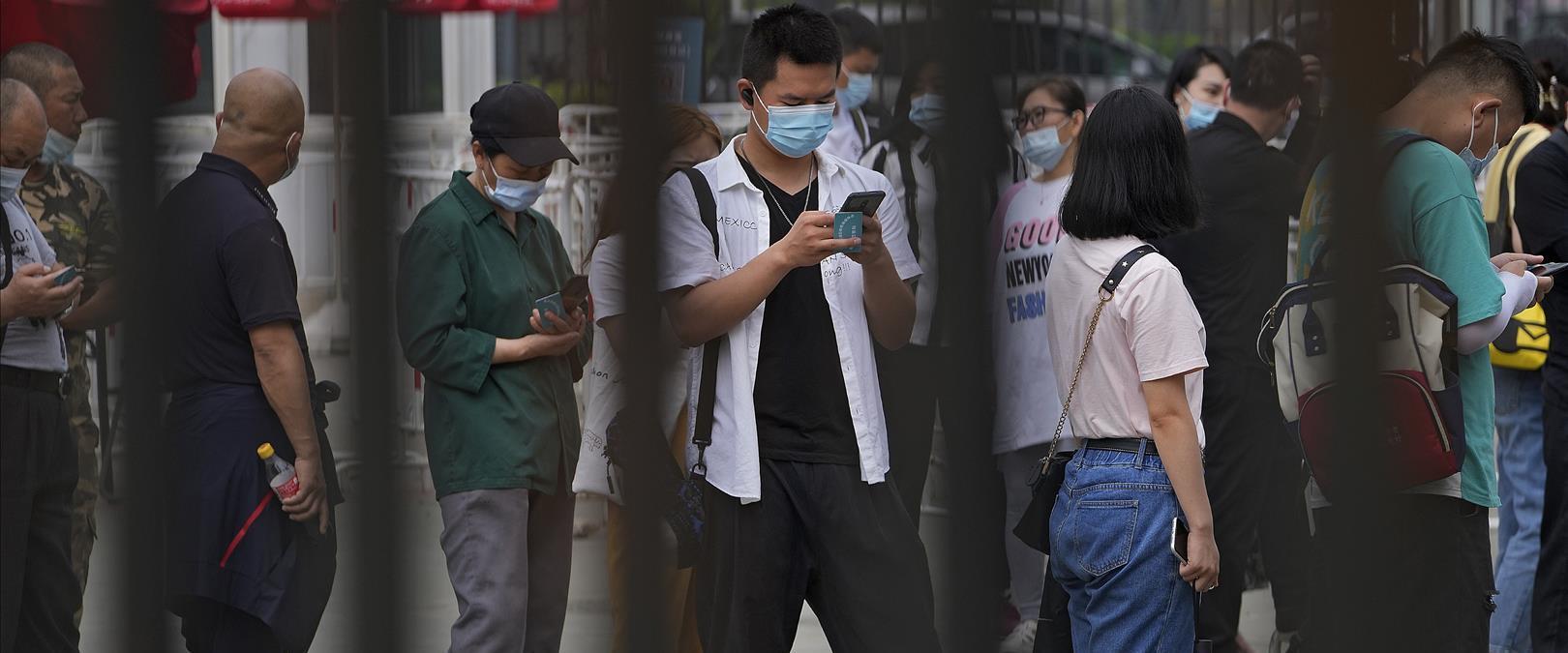 תור לחיסונים בבייג'ינג, ארכיון
