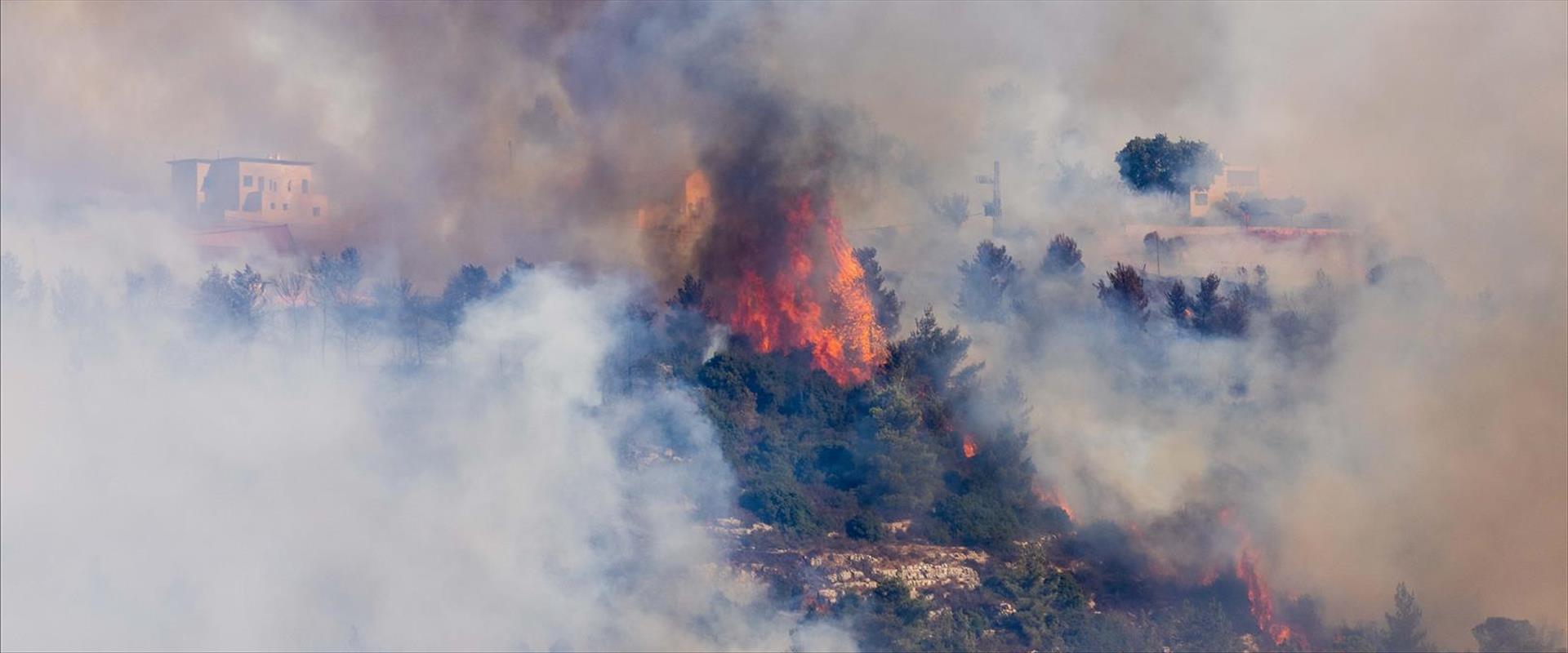 השריפה בהרי ירושלים מתעוררת
