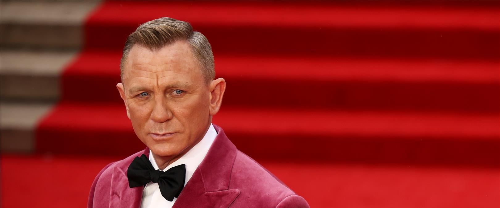 קרייג על השטיח האדום בלונדון, הלילה