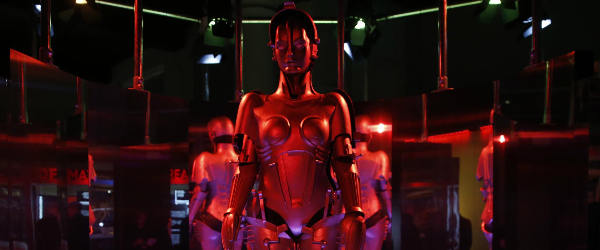 תערוכת רובוטים בבריטניה
