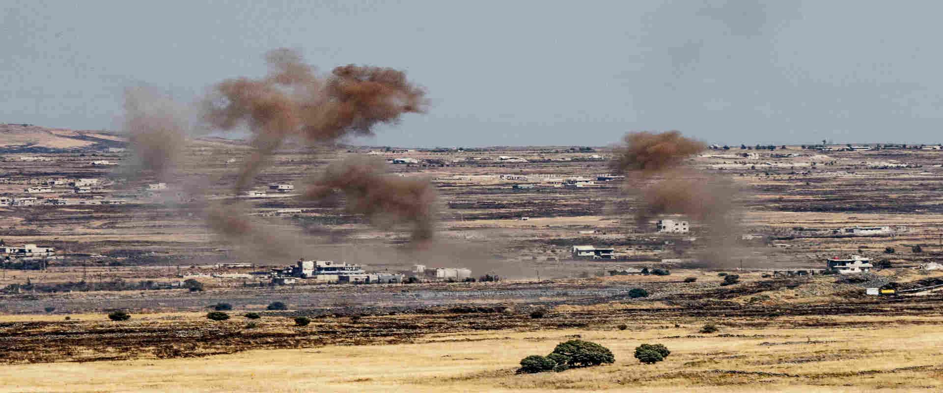 עשן מיתמר מאזור הקרבות בגבול סוריה