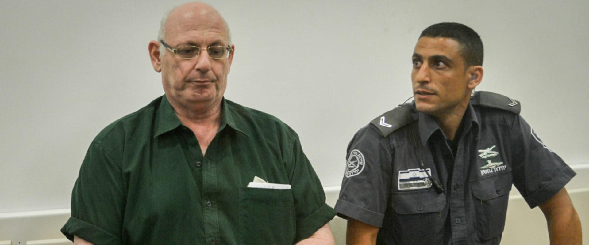 שמעון קופר בבית המשפט, בשנה שעברה