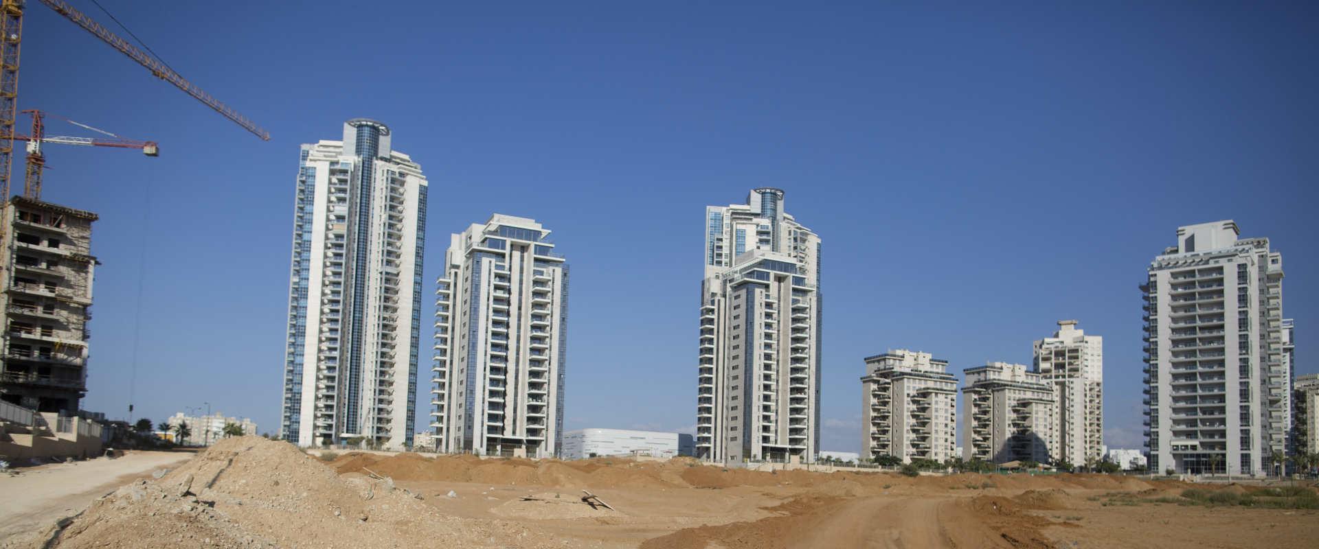 בניינים בנתניה