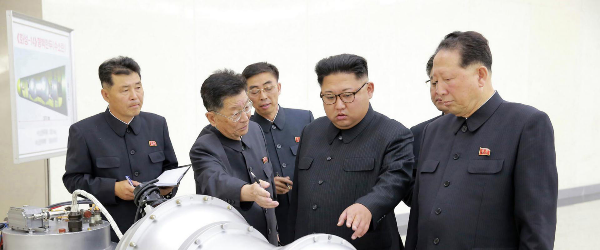 קים ג'ונג און, בצילום שהופץ שלשום בארצו