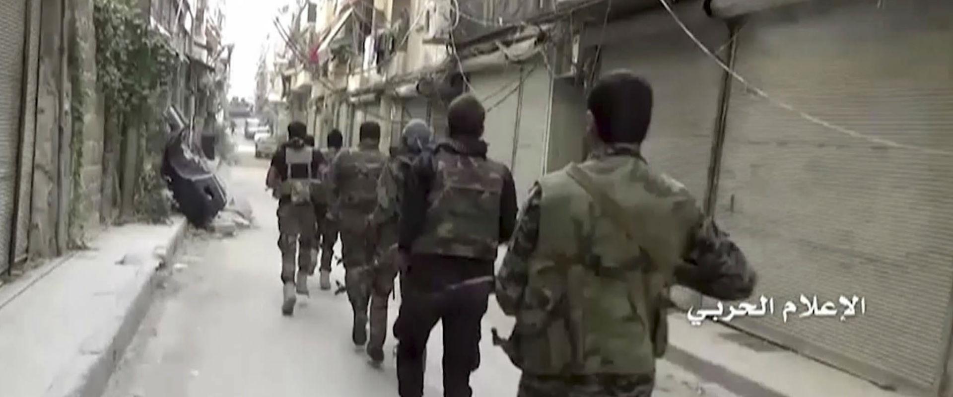 לחימה בדיר א-זור שבסוריה