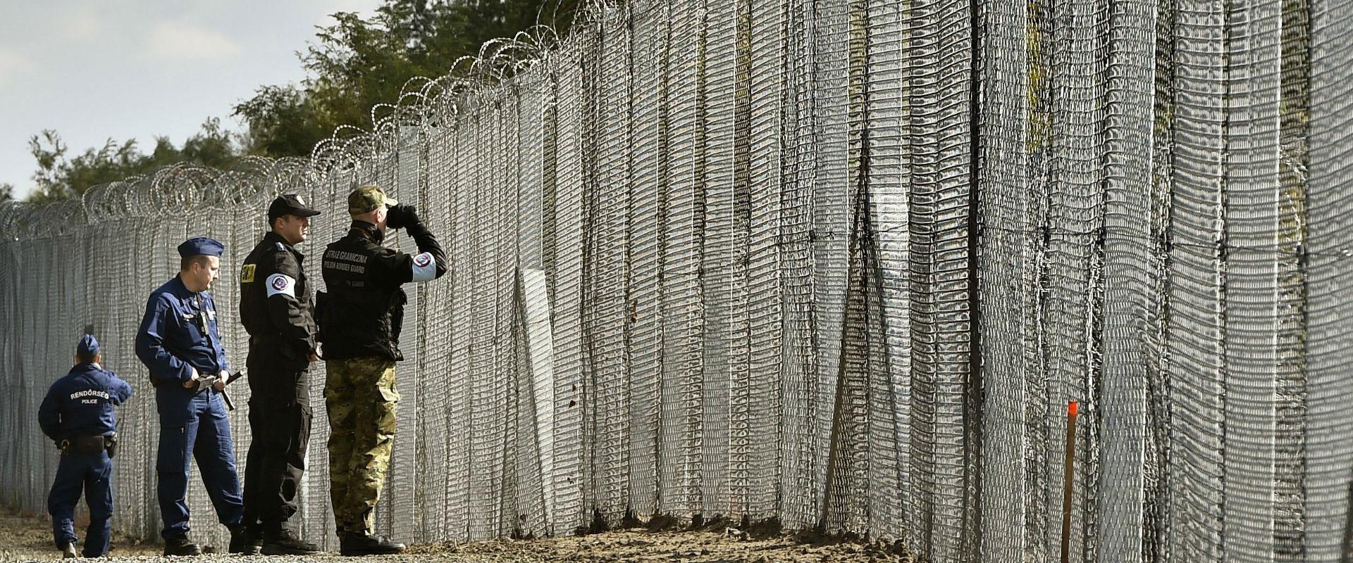 שוטרים בגבול הונגריה-סרביה