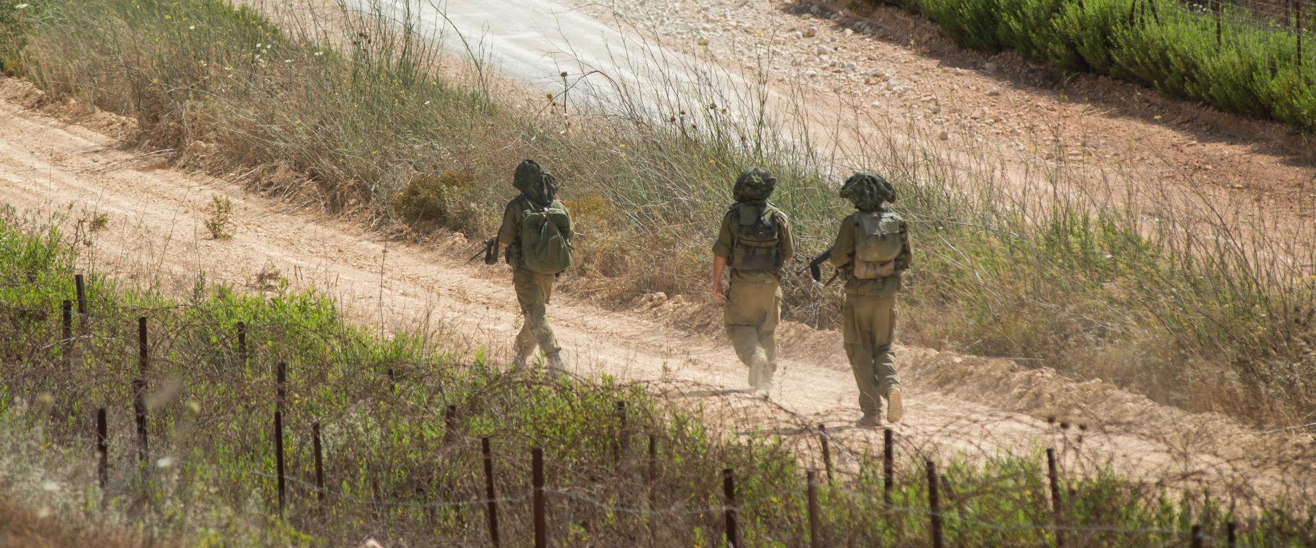 חיילים בגבול ישראל ולבנון